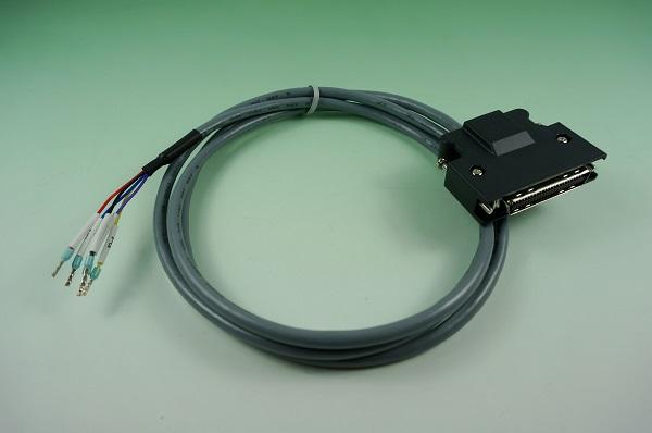 GR10610-004  SCSI 50P 彈片組裝式外殼 (3M) & 歐式端 1