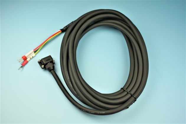 GR10623-002 Server Motor Cable 1